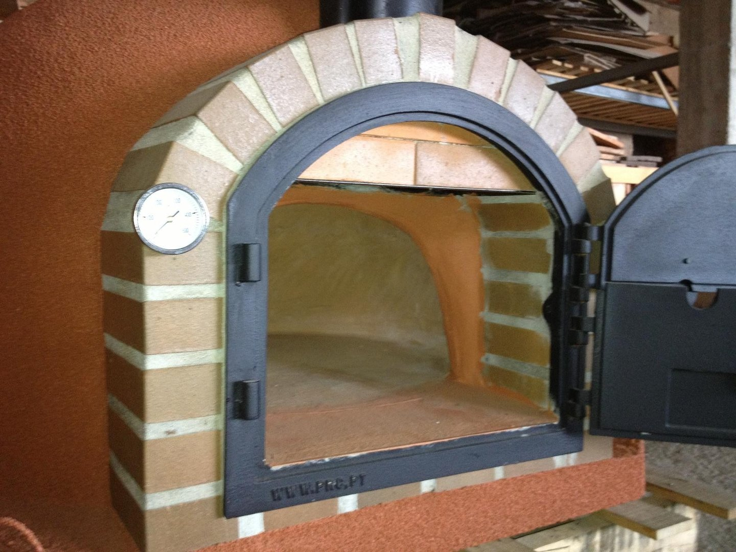 Supreme Insulated Outdoor Oven With Cast Iron Door